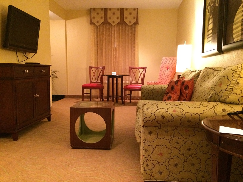 Living room area of suite at Hotel Highland in Birmingham