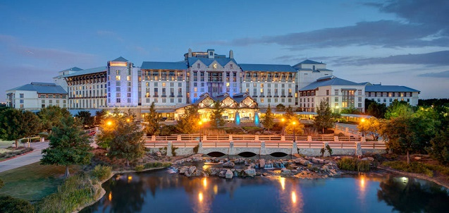 Everythings Bigger In Texas Visiting The Gaylord Texan In